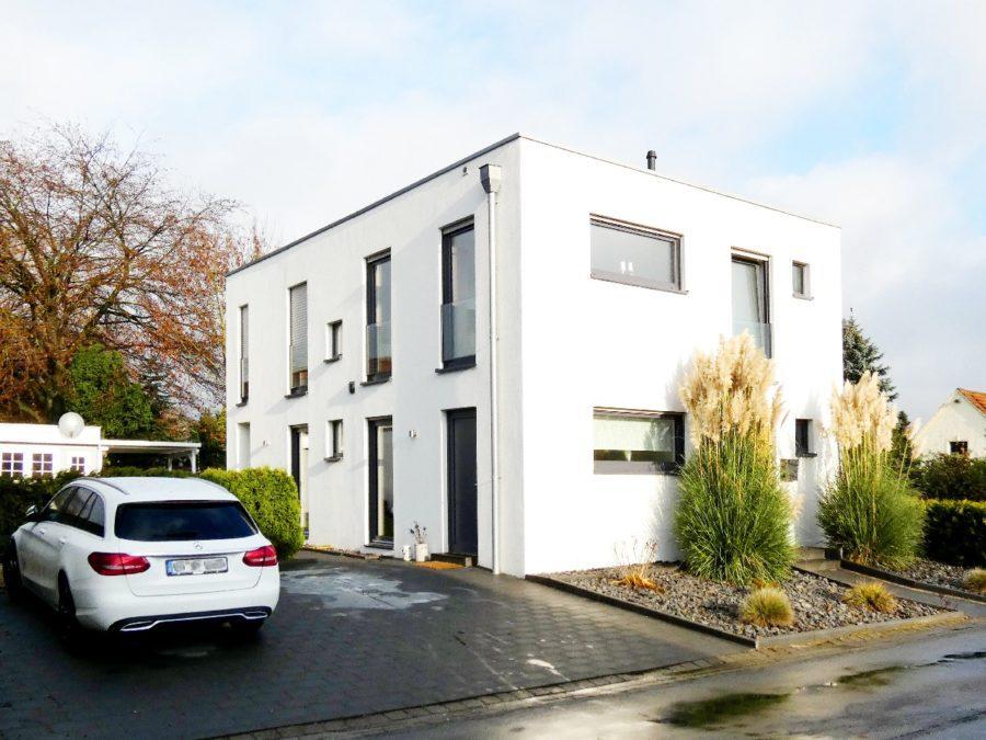 Modernes Einfamilienhaus in zentraler Lage von Bad Iburg, 49186 Bad Iburg