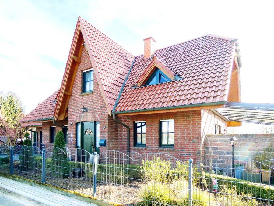 Charmantes Einfamilienhaus in begehrter Wohnlage, 49176 Hilter